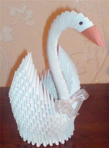 белый лебедь из бумаги оригами